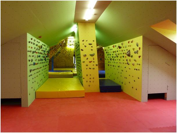 Otvoritev prenovljenih plezalnih površin in klubska tekma